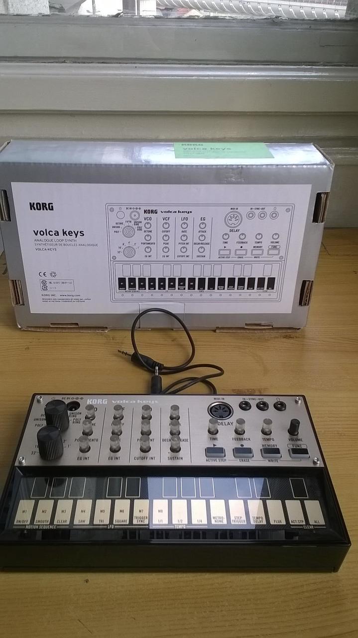 synth machine
